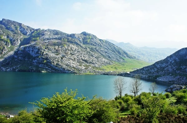 Picos de Europa, Asturias: lake & mountains