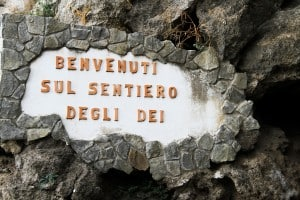Walking Italy-Signpost