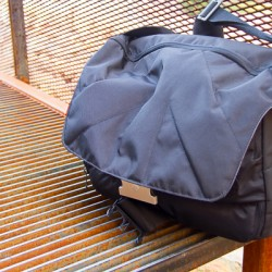 Unica V Messenger Bag Urban