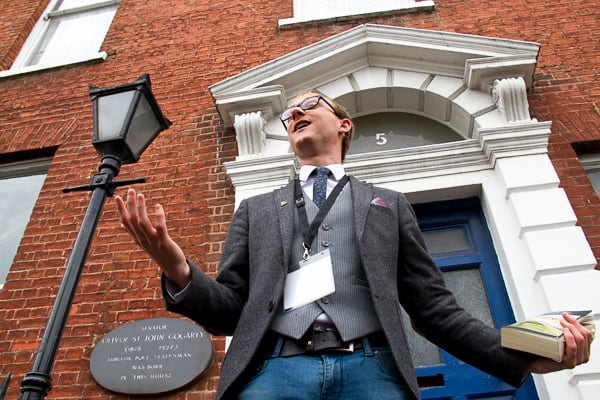 Reading James Joyce on Bloomsday in Dublin via @insidetravellab