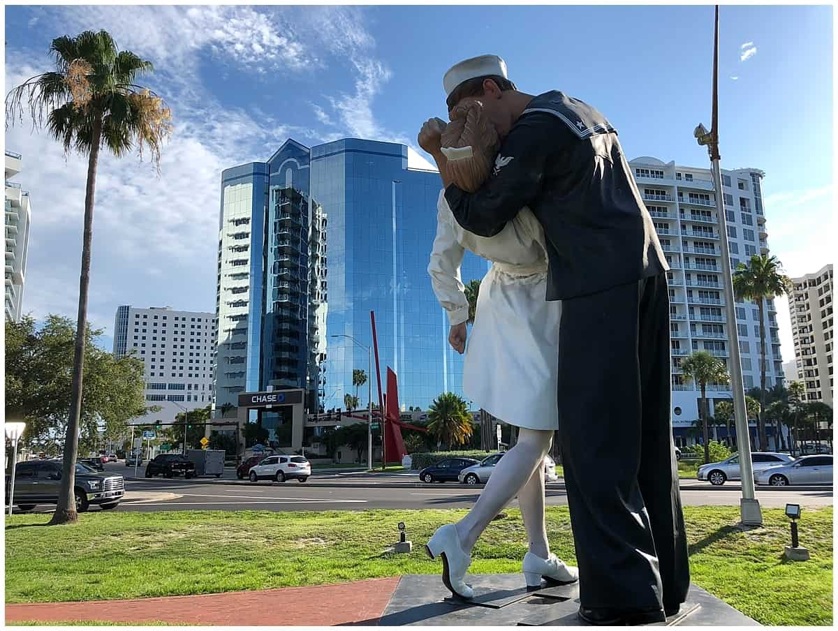 The Kiss Sarasota