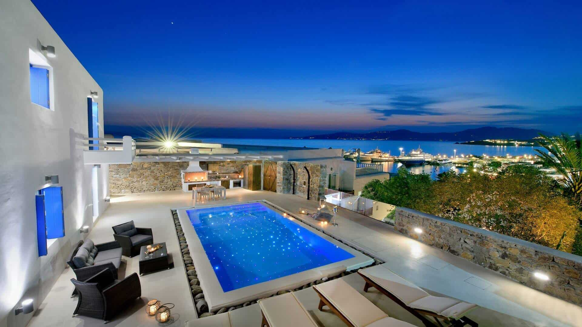 Private swimming pool overlooking Mykonos Town
