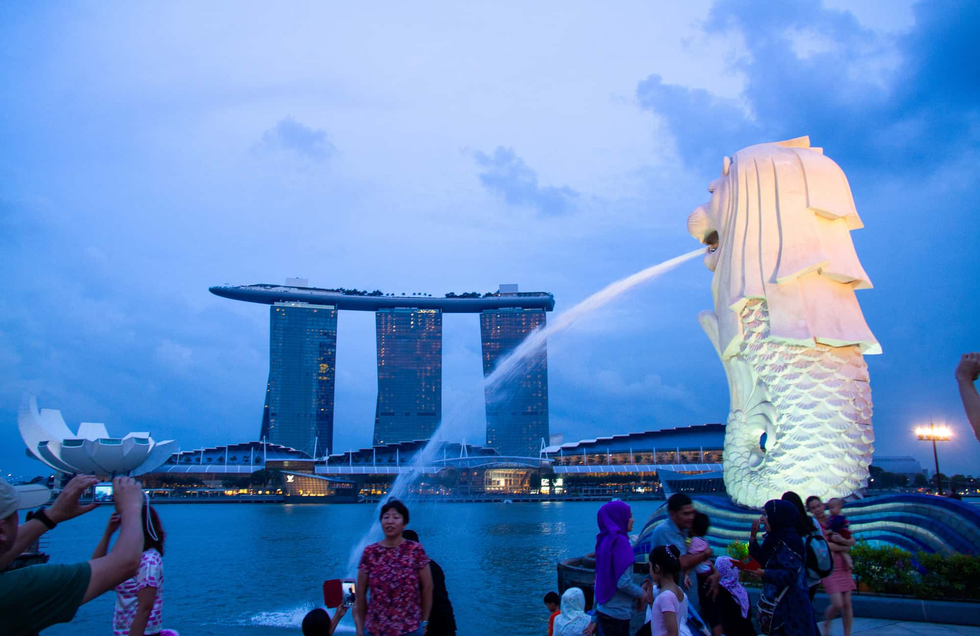 Singapore Merlion Spraying Water in the Harbour