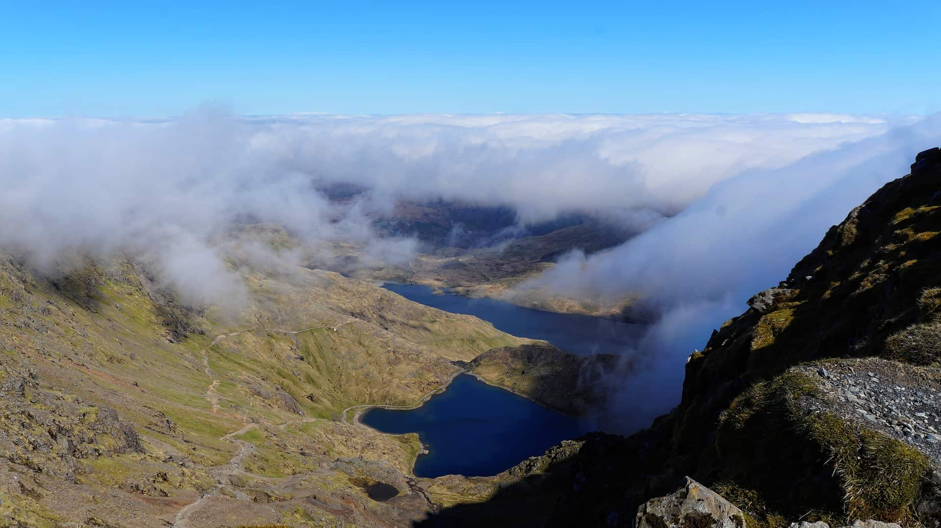 Road trip Wales itinerary - Mount Snowdon landscape with clouds