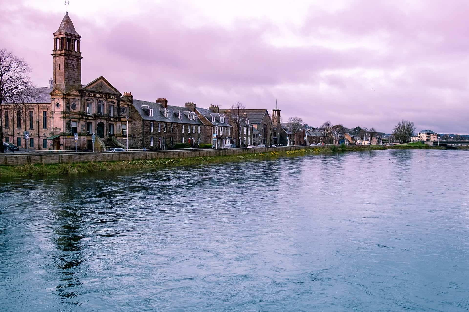 Scotland - Inverness - Landscape by water