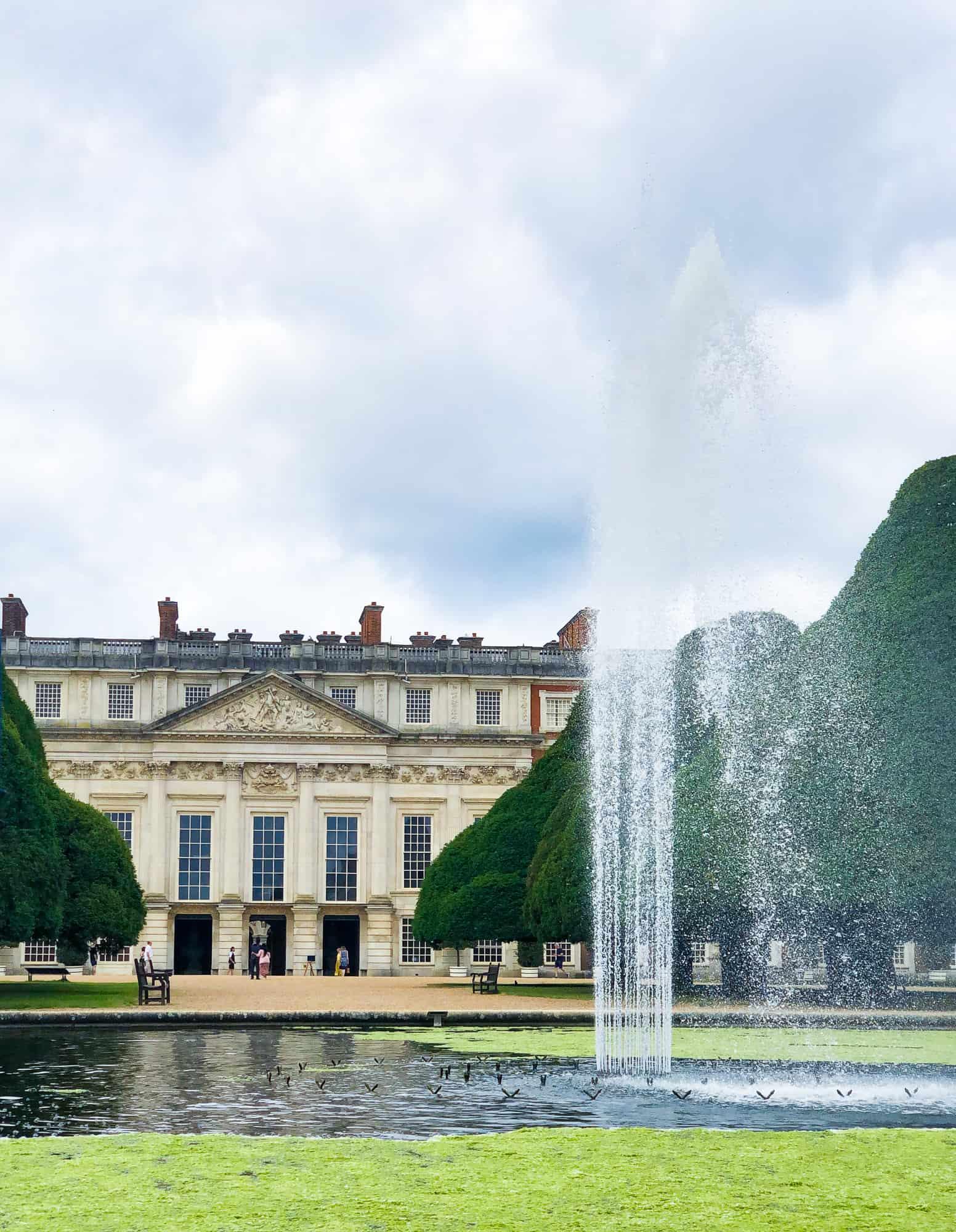 England - Hampton Court Palace Gardens and Fountain