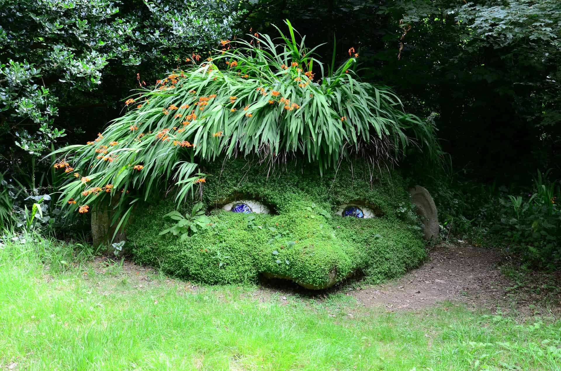 Cornwall - Lost Gardens of Heligan - Gnome in the undergrowth